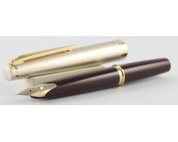 Pilot E95S Burgundy with Gold Trim Fountain Pen