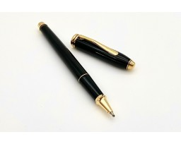 Cross Townsend Black Lacquer with 23K Gold Plated Rollerball Pen